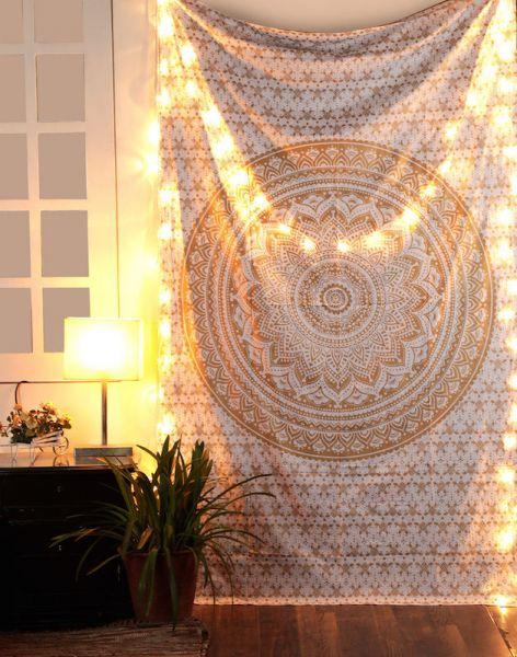 Exclusives Gold-Mandala Wandtuch