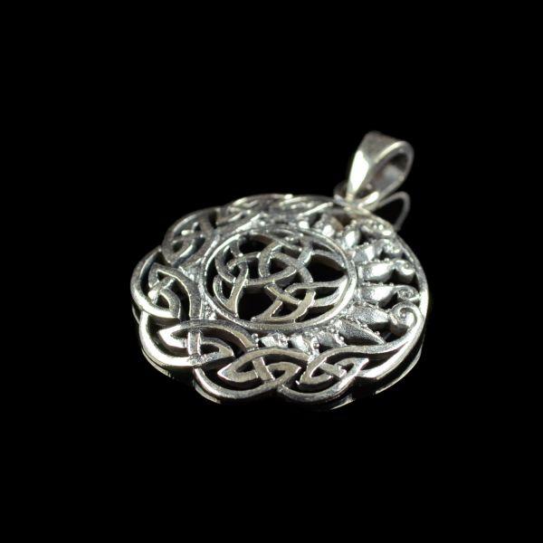 Keltischer Knoten mit Sonne & Borte